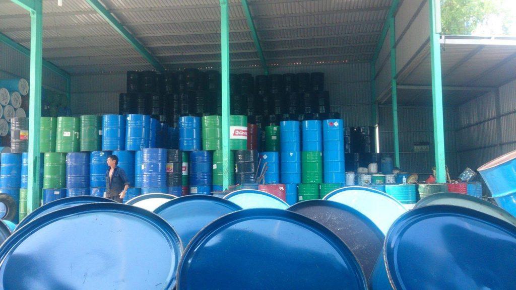 Chuyên thu mua phế liệu thùng phi sắt